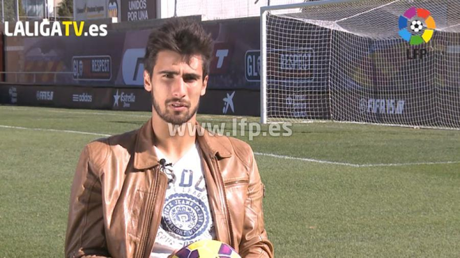 André Gomes younger photo one at laliga.es