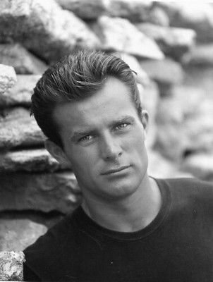 Robert Conrad younger photo two at pinterest.com