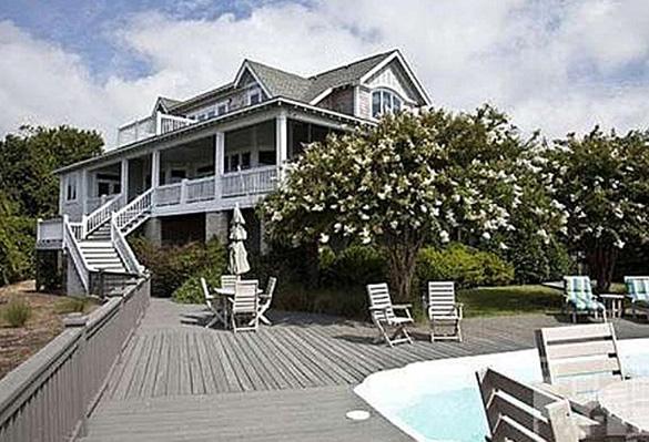 Emily thorne 39 s revenge hamptons for sale for Hamptons beach house for sale
