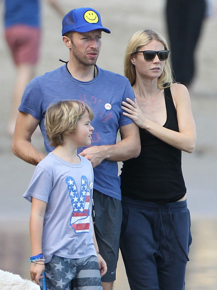 Former husband and wife couple: Chris Martin and Gwyneth Paltrow with their son Moses