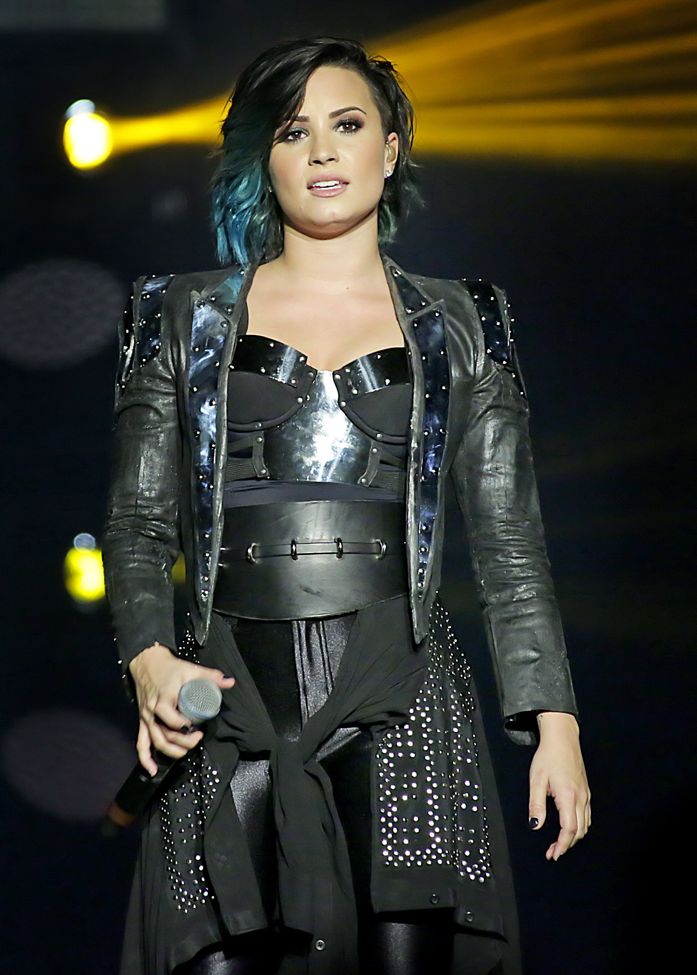 Demi Lovato in Twitter beef with tattoo artist after removing THAT ...