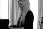 Avril Lavigne return to music