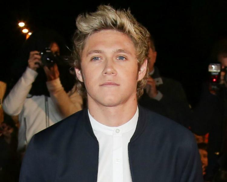 whitelaw guys One direction star niall horan has reportedly been dating australian student melissa anne whitelaw since november it's serious guys.