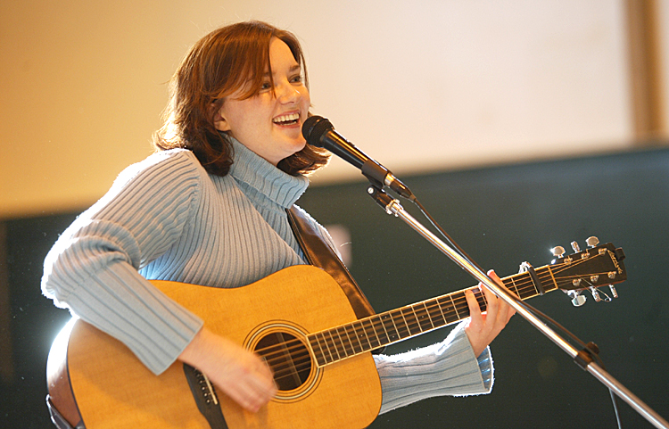 Brandy Clark younger photo one at countryuniverse.net
