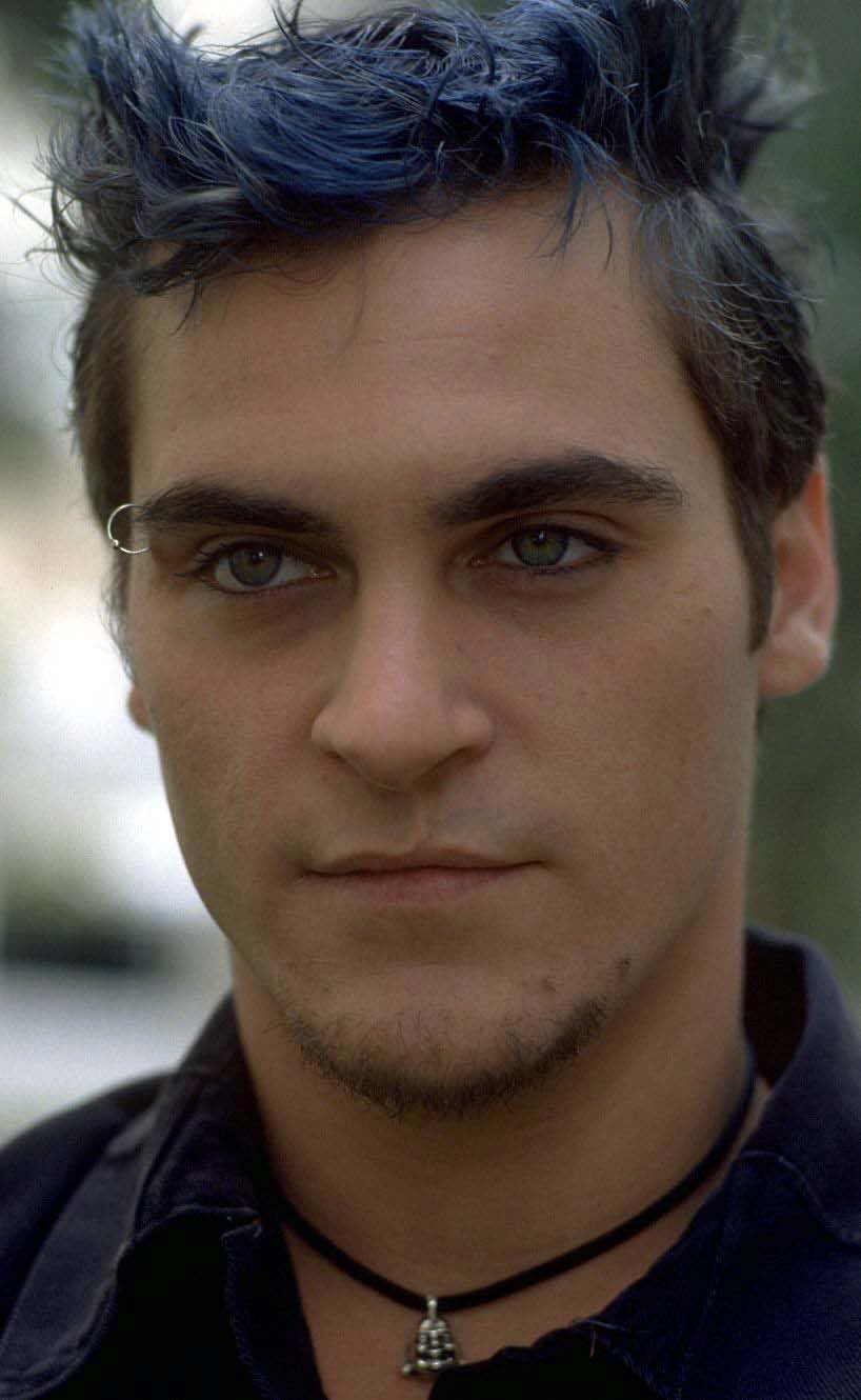 Joaquin Phoenix Wiki: Young, Photos, Ethnicity & Gay or ...