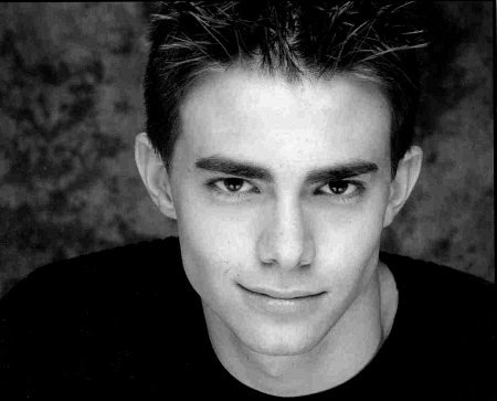 Jonathan Bennett younger photo one at articlesweb.com