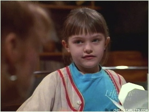 Elisabeth Moss childhood photo one at Smosh.com