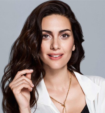 Bergüzar Korel - the hot, beautiful, sexy,  actress, model,   with Turkish roots in 2017