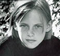 Kristen Stewart childhood photo two at Jenniferaniston-actress.blogspot.ro