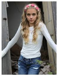 Casimere Jollette younger photo two at imdb.com