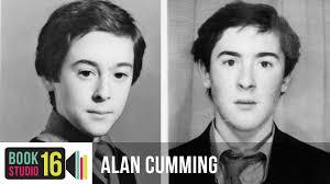 Alan Cumming, foto de infância um em youtube.com