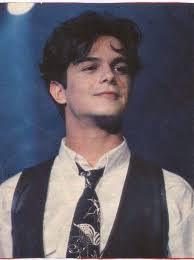 Alejandro Sanz younger photo two at pinterest.com