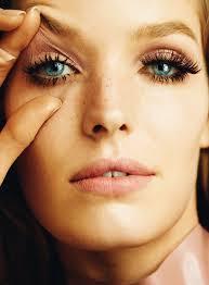Alisa Ahmann - a modele a celebridade gostosa, linda, sexy,  de origem alemã em 2020