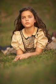Odeya Rush, foto de infância dois em pinterest.com