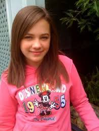 Mary Mouser childhood photo one at pinterest.com