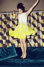 Camila Mendes , foto mais antiga um em coveteur.com