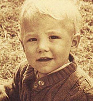 Ben Affleck, foto de infância um em pinterest.com
