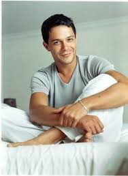 Alejandro Sanz younger photo one at pinterest.com