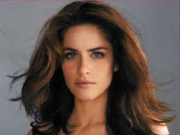 Amanda Peet younger photo one at fansshare.com