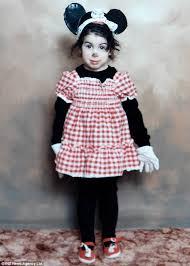 Amy Winehouse kindertijd foto een via dailymail.co.uk