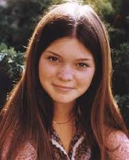 Valerie Bertinelli childhood photo two at pinterest.com