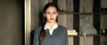 Ella Purnell childhood photo two at screenterrier.com