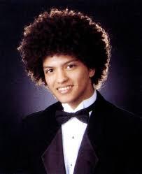 Bruno Mars, foto de anuário um at billnboard.com em billnboard.com