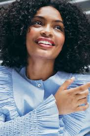 Yara Shahidi - the cool, friendly, actress with Afro-American, Iranian, roots in 2020
