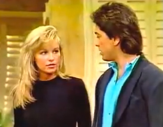 Pamela Anderson Erster Film:  Charles in Charge
